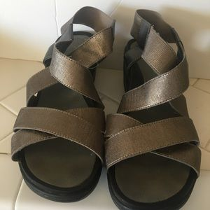 Pewter Sandals Size 8.5WW